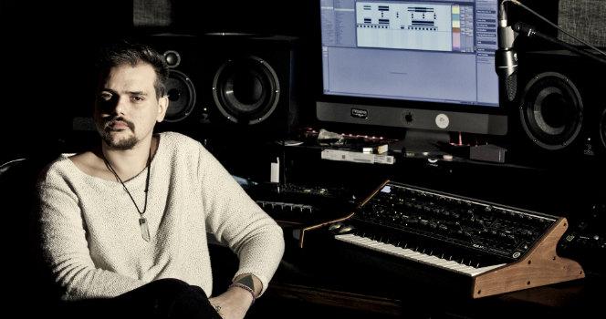 Nihil Young - Studio