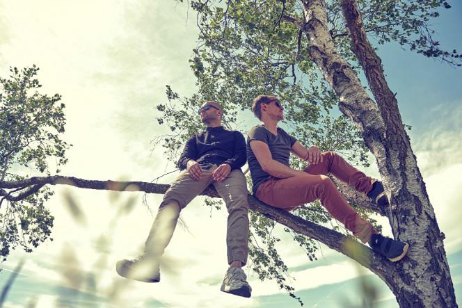 Viktor Talking Machine sitting in a tree