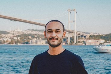 Istanbul-based artist Widerberg released his single Faded Memories
