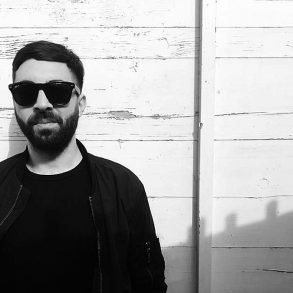 London-based DJ & producer gives us small insight in his artist life and delivers a sublime promo mix for his upcoming work on Tanzgemeinschaft.